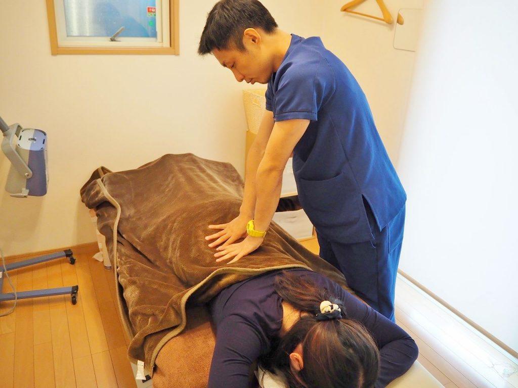 京田辺市(松井山手)なかざわ鍼灸整骨院施術